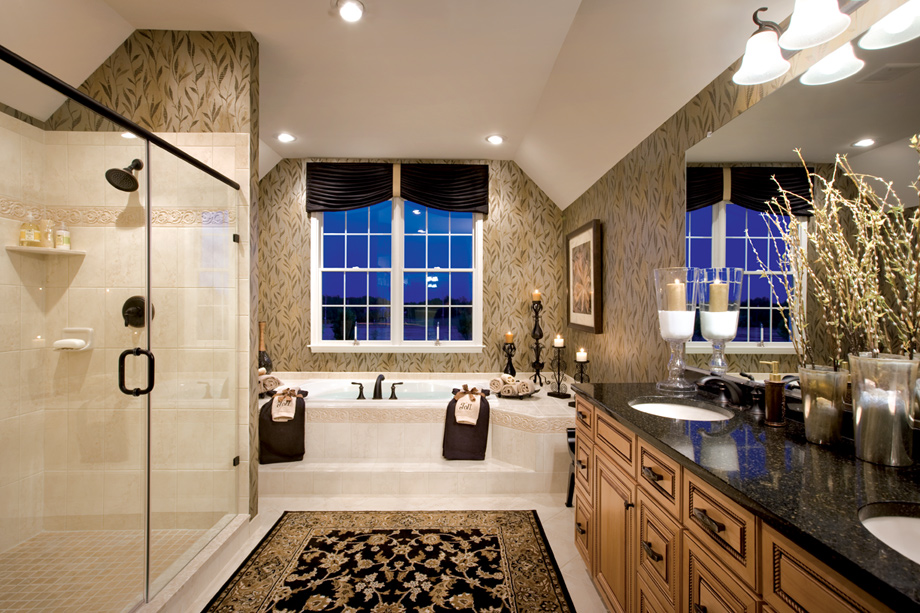 New luxury homes for sale in wilmington de greenville for Pictures of master bathrooms in new homes