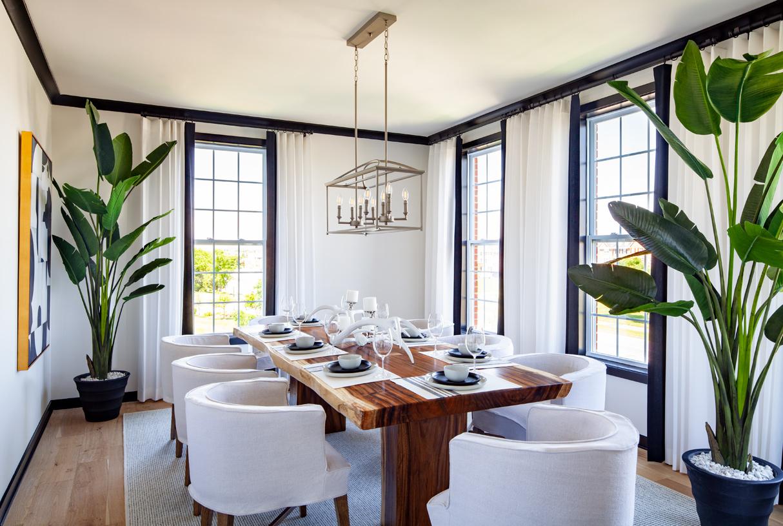 Delanie dining room