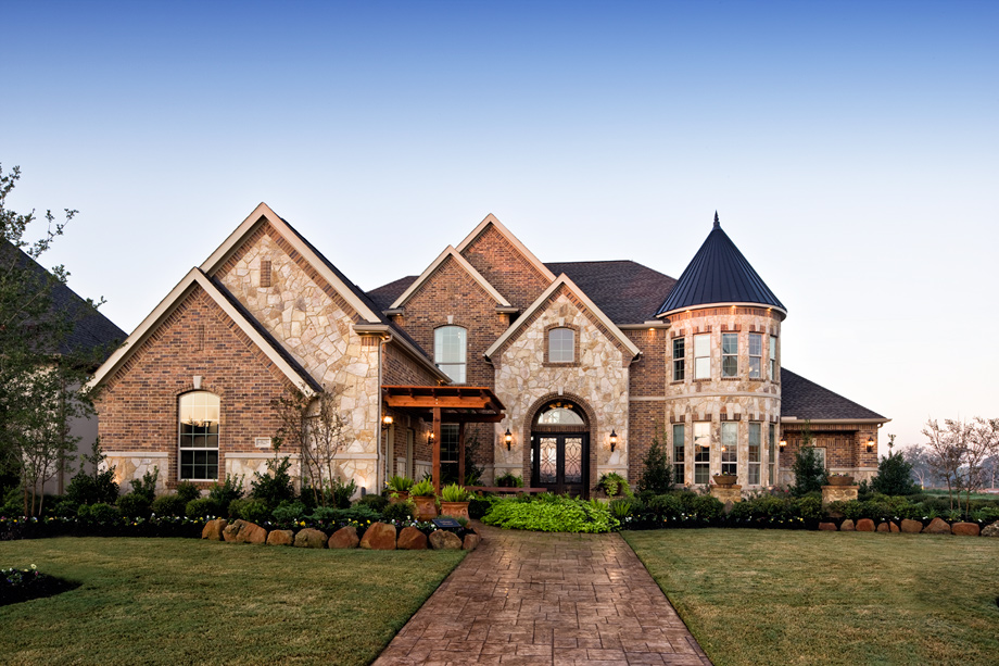 Richwoods country luxury new homes in frisco tx - Who decorates model homes image ...