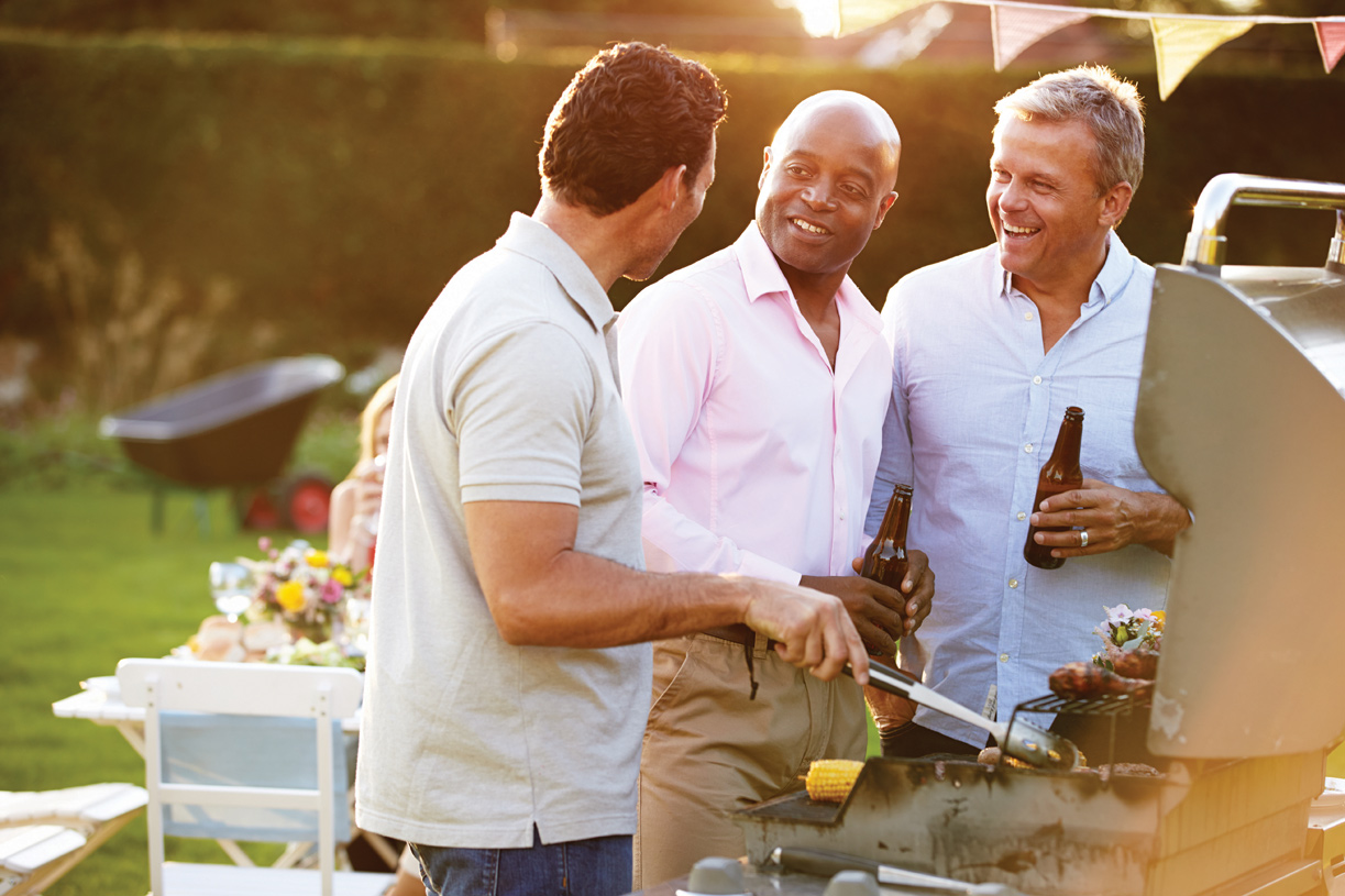 On-site lifestyle director coordinates weekly social gatherings