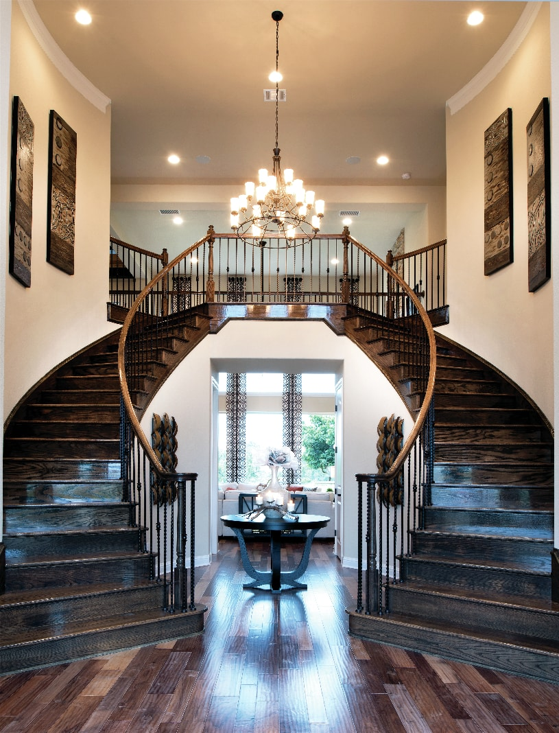 Merida Dual-Curved Staircase