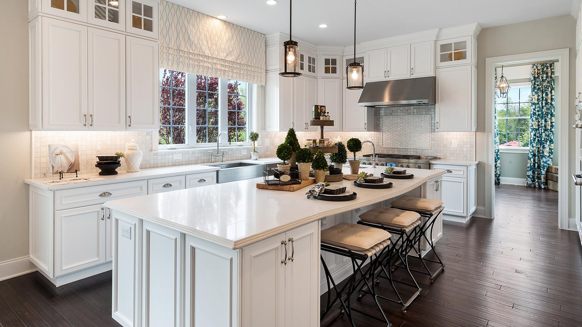 Henley Kitchen. Lincroft NJ New Homes for Sale   Estates at Bamm Hollow