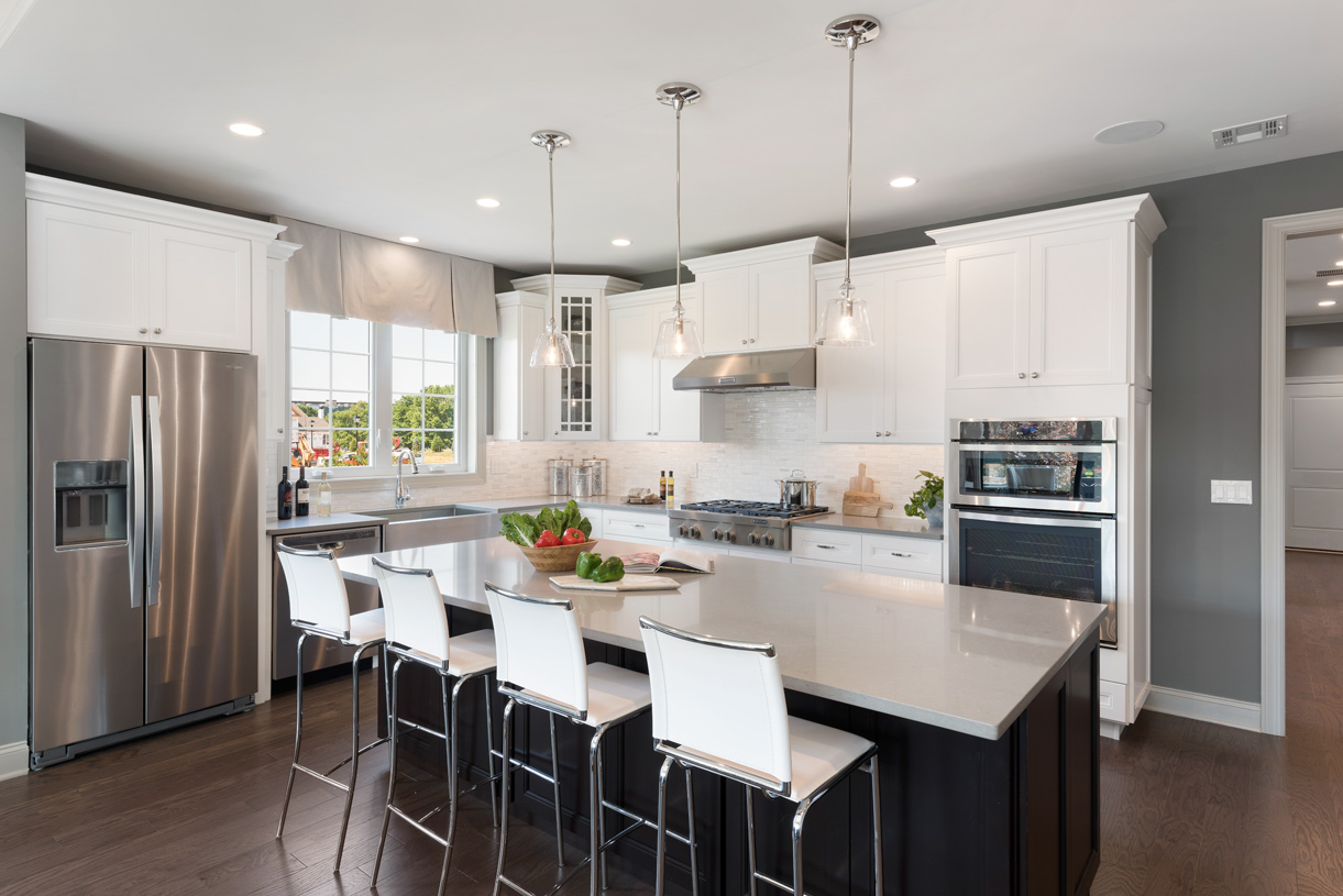Prepping meals is a breeze with the large center island and ample counter