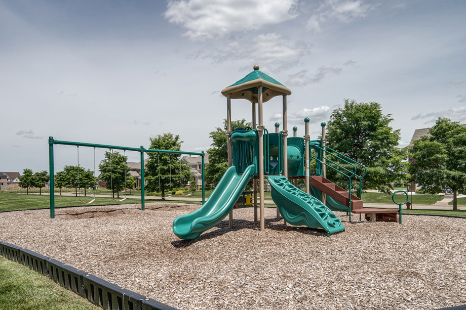 Community play park, volleyball courts, and tennis courts