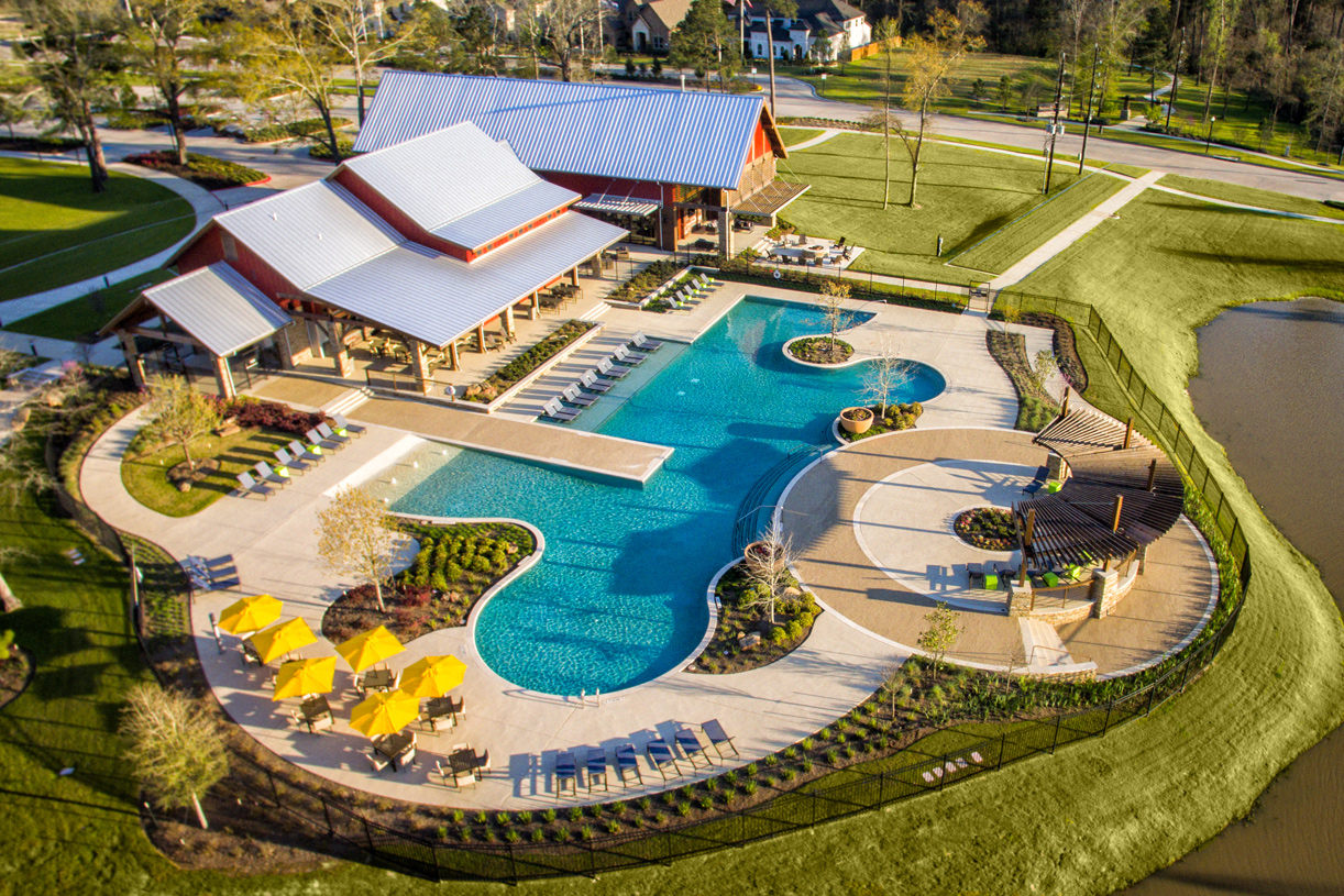 Resort-style pool at The Retreat at NorthGrove