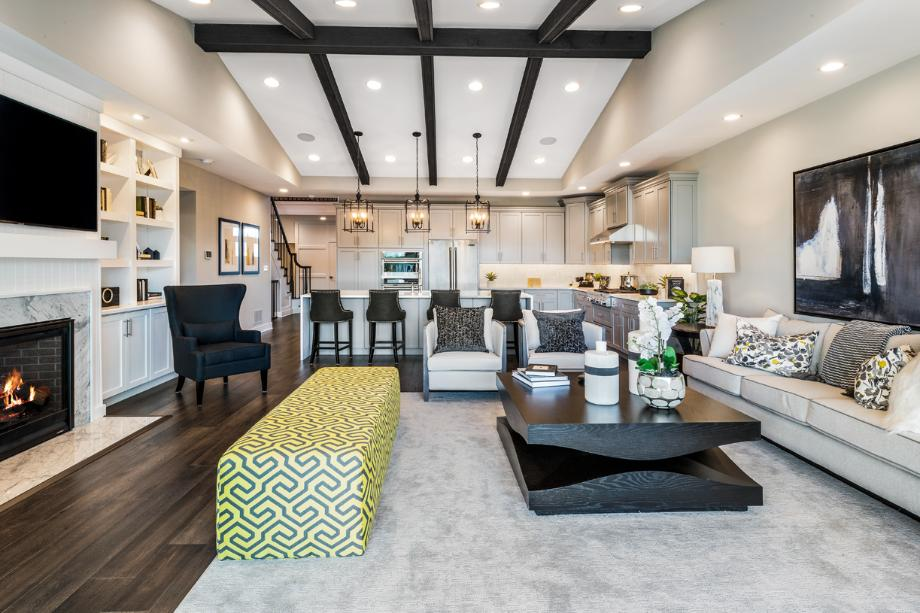 Valeri's spacious great room and gourmet kitchen