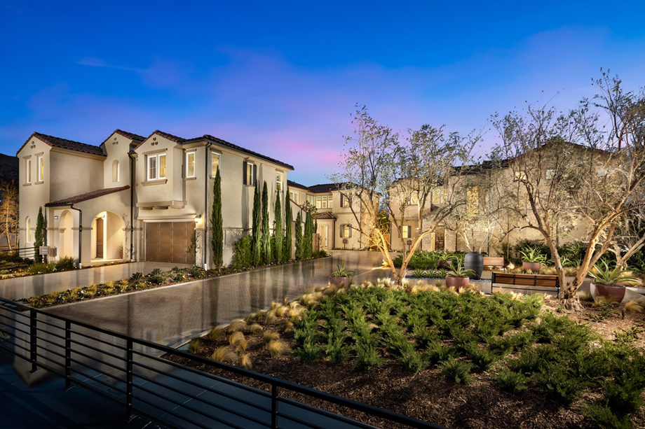 Toll Brothers - The Canyons at Porter Ranch - Pointe Collection Photo