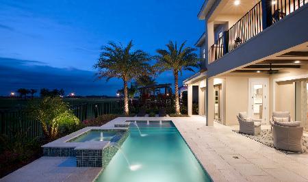 Madeira Backyard Luxury Pool