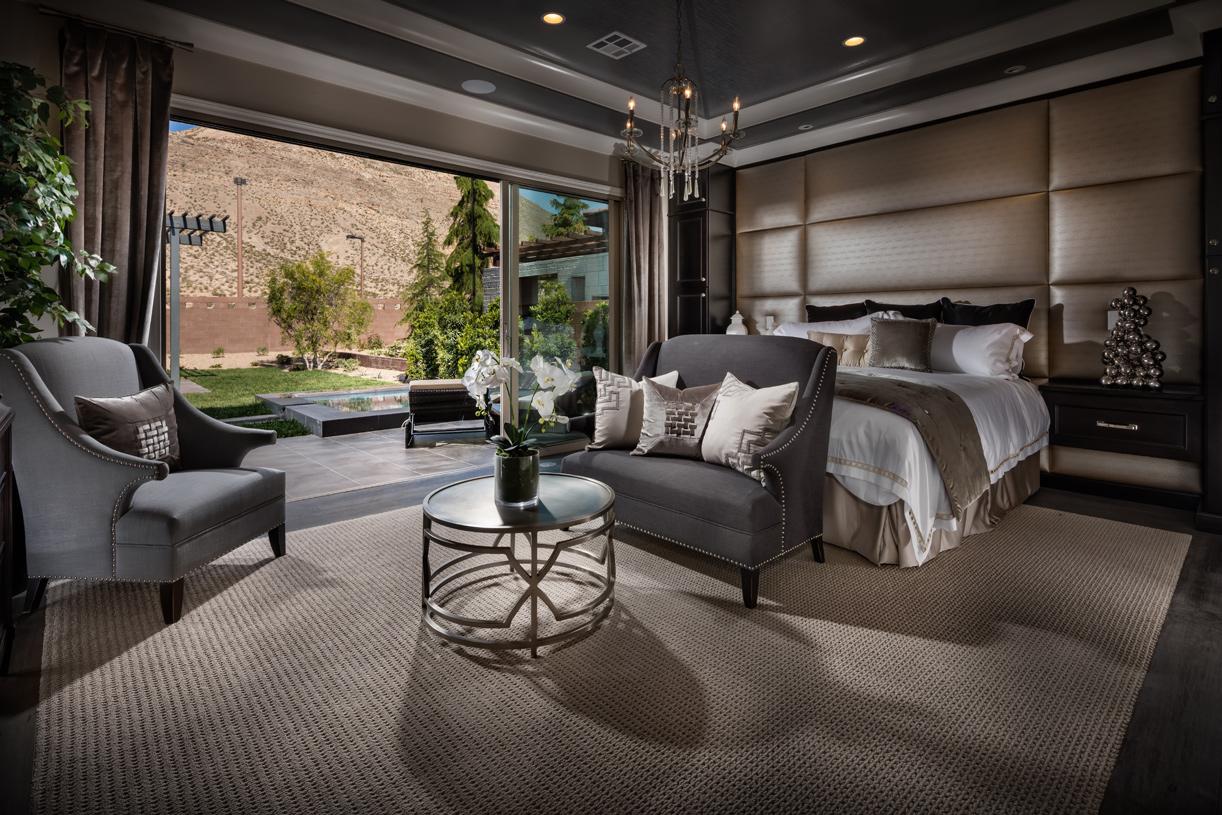 Sundance primary bedroom suite