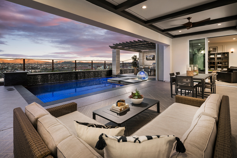 Luxurious Indoor And Outdoor Living Spaces Seamlessly Integrate The  Surrounding Scenery.