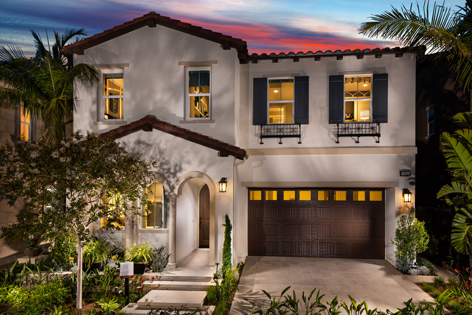 plum canyon features beautiful architecture spacious homes and expansive home sites - Beautiful Architecture Homes