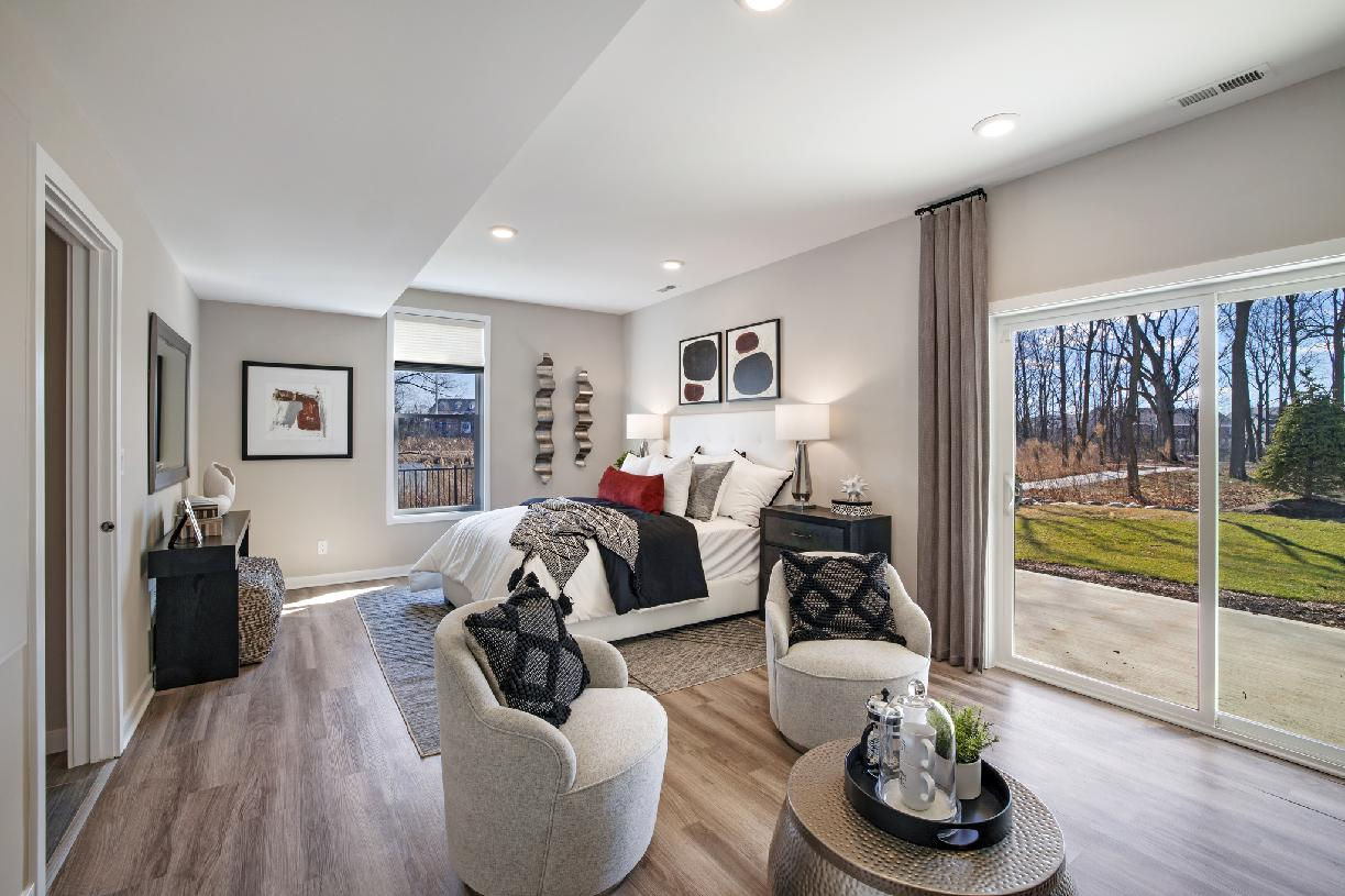 Optional finished lower level – Perfect for a guest suite