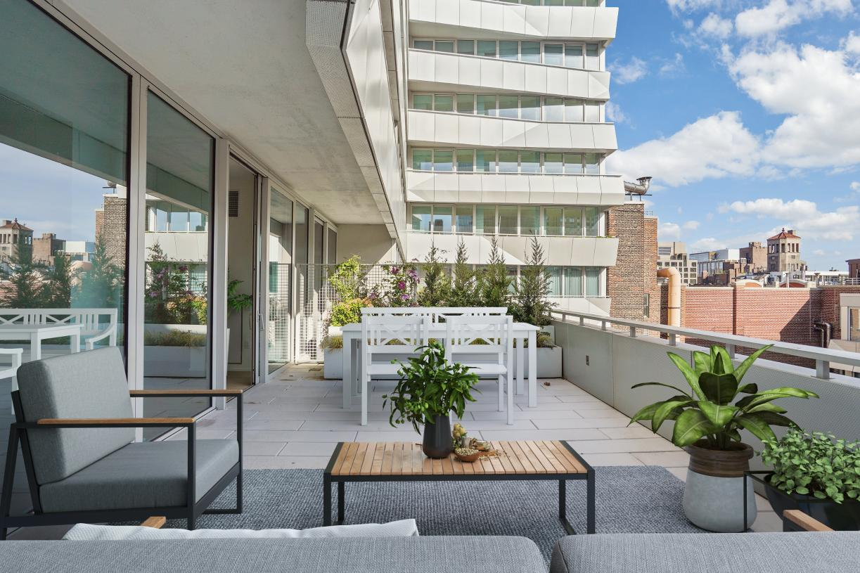 Residence N1302 terrace