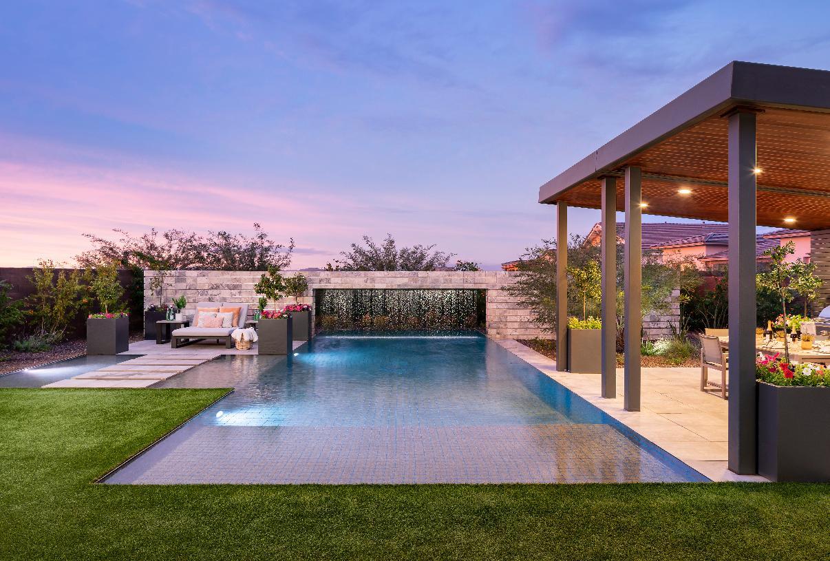 Beautiful resort-style backyard