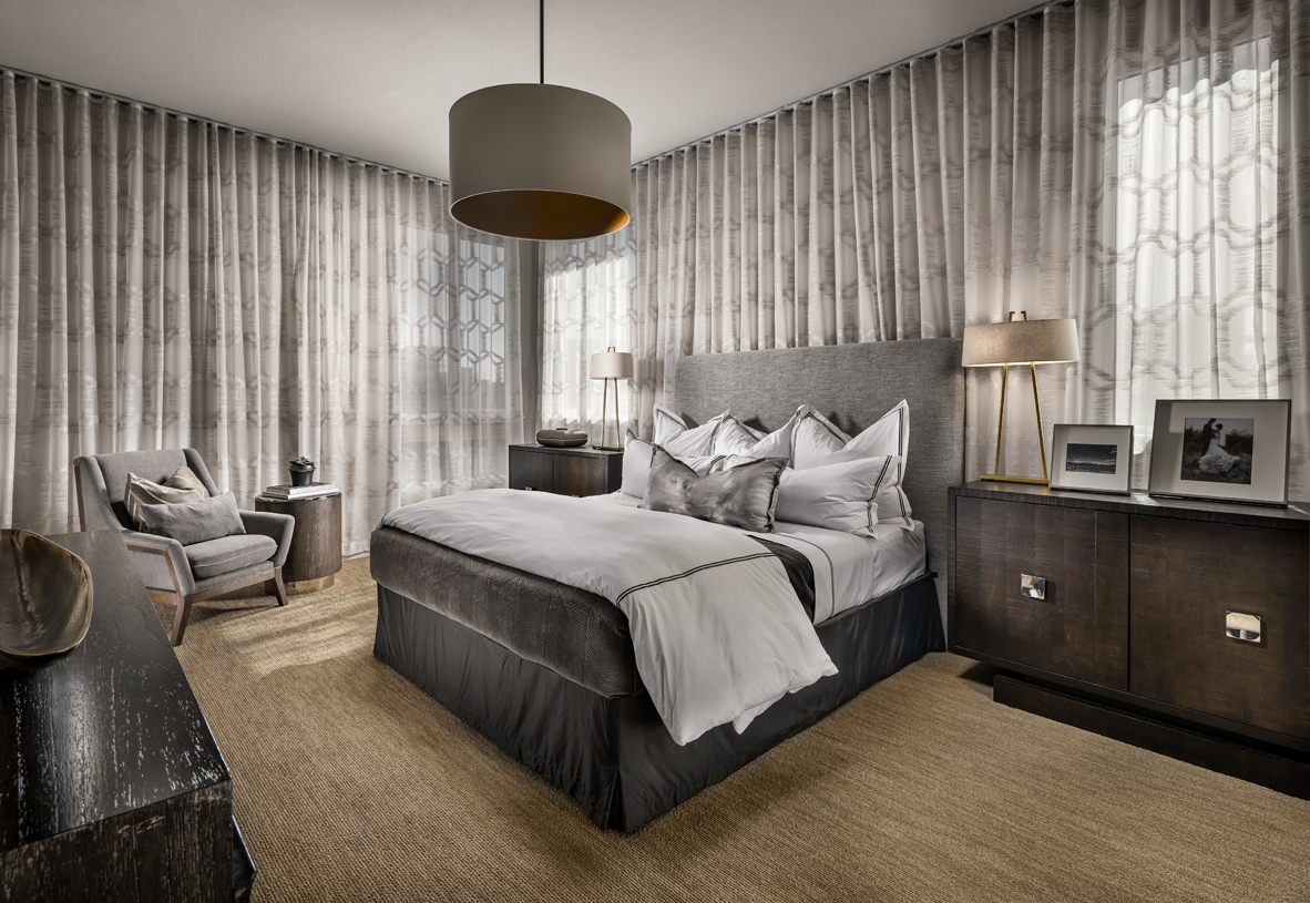 Primary bedrooms feature spacious walk-in closets