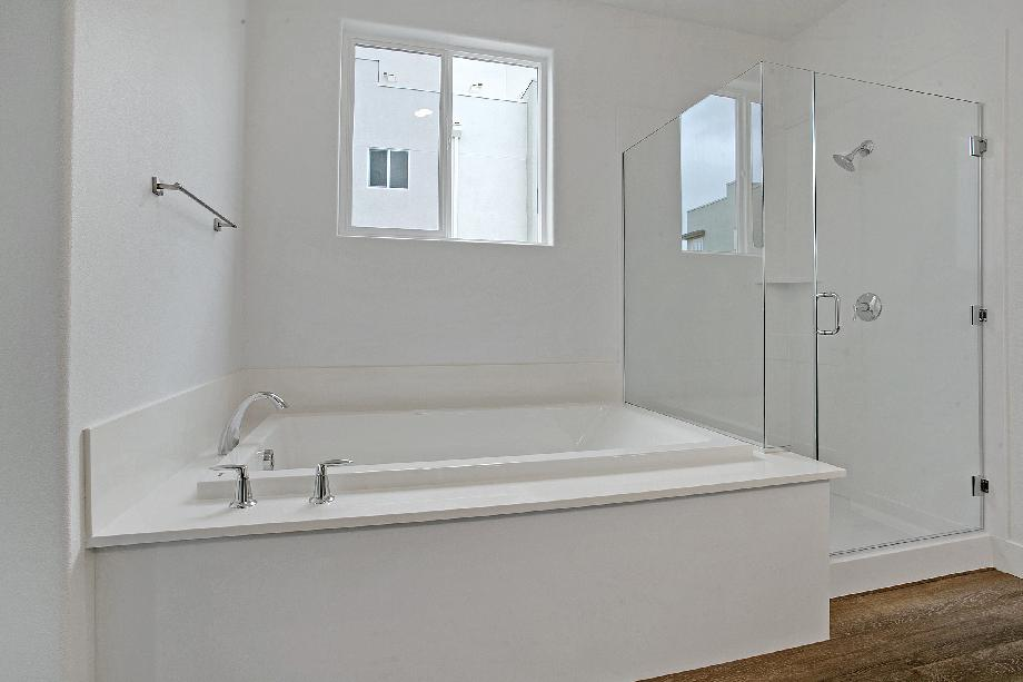 Primary Bathroom Shower/Tub Combo