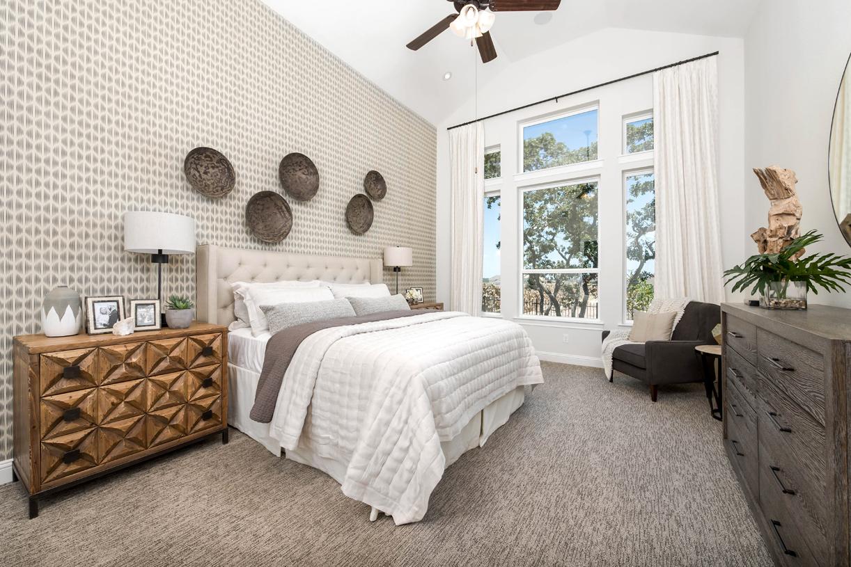 Longview primary bedroom suite