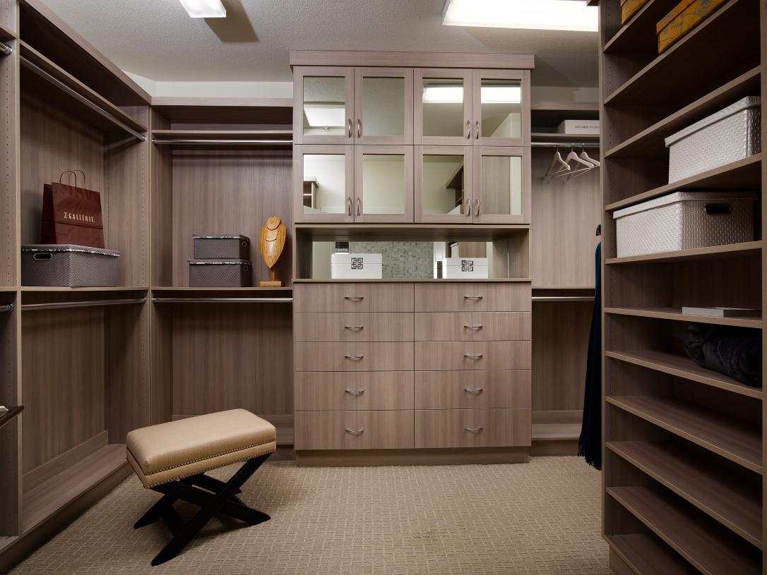 Orion primary bedroom closet