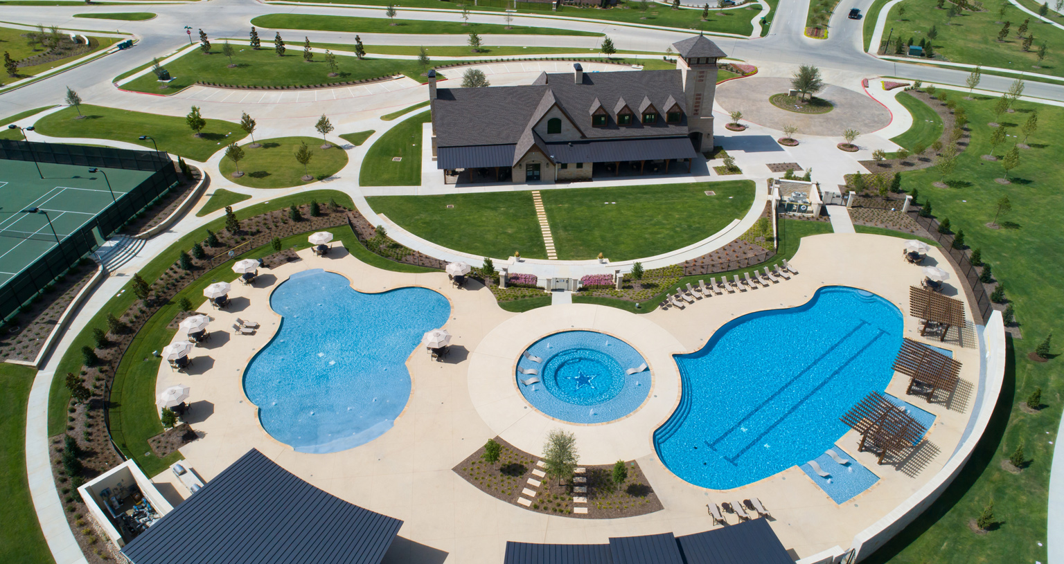 Star Trail amenity center and pools