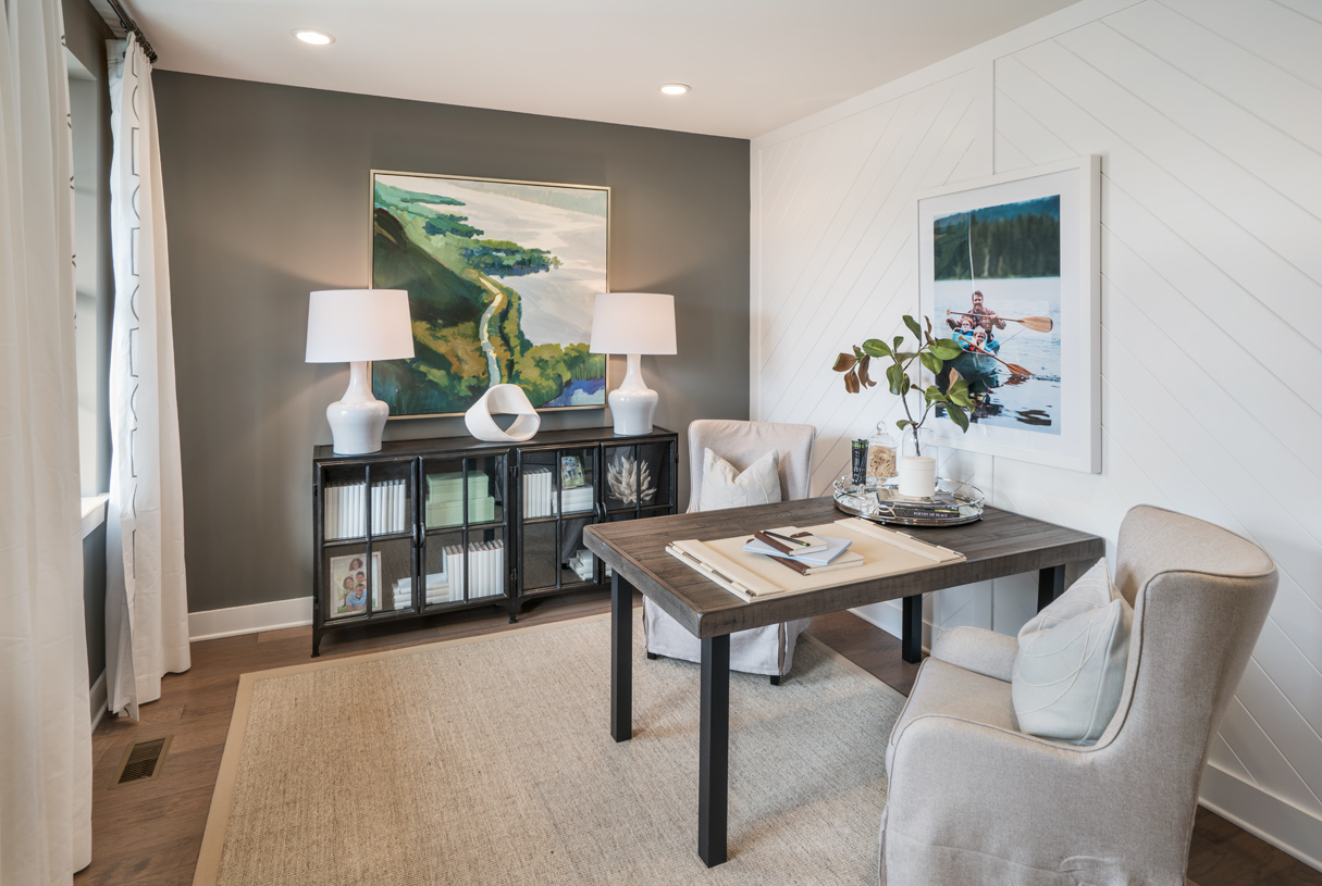Flex space perfect for home office