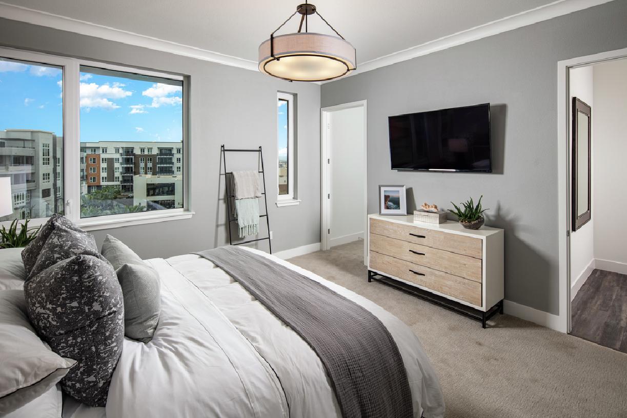 Model primary bedroom suite