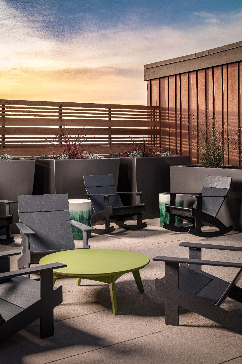 Westbourne Park rooftop common area seating