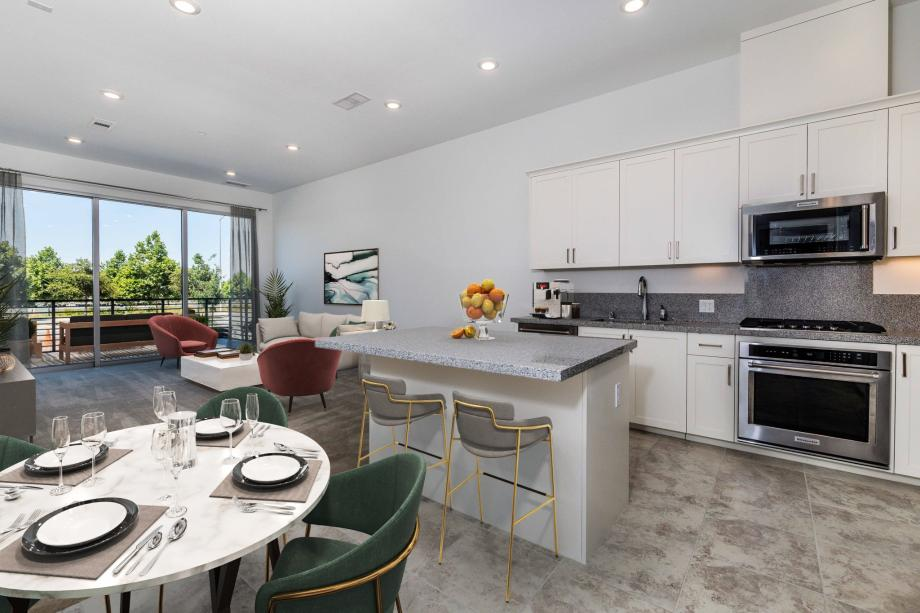 Toll Brothers Westbourne Park at Metro Crossing Gracious Living - Kitchen and Great Room