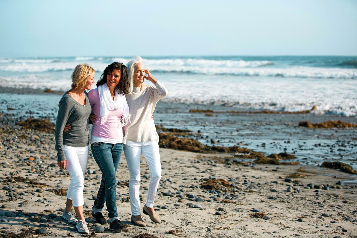 Less than 20 minutes away, you can enjoy breathtaking beaches along the Atlantic coast