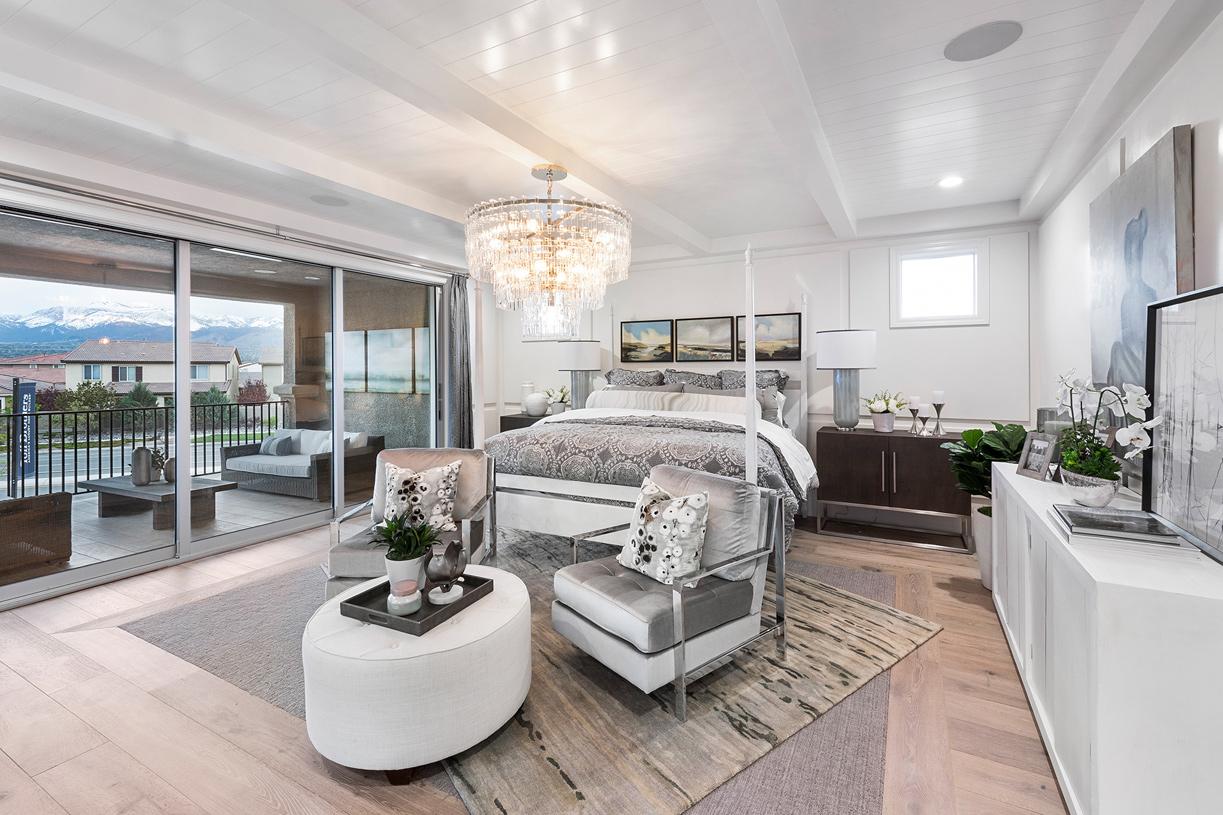 Portillo primary bedroom suite