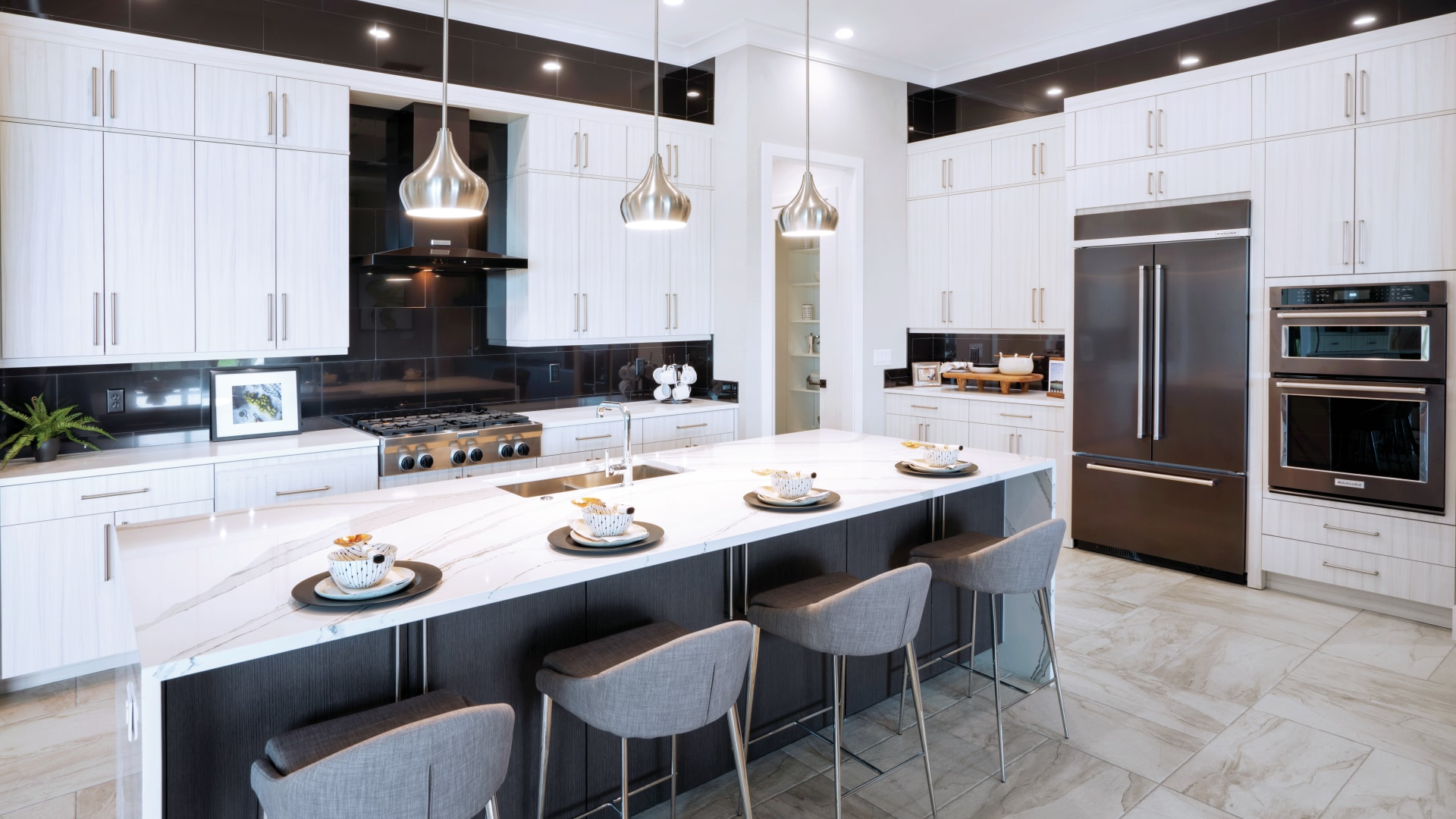 Gourmet kitchens with oversize center island