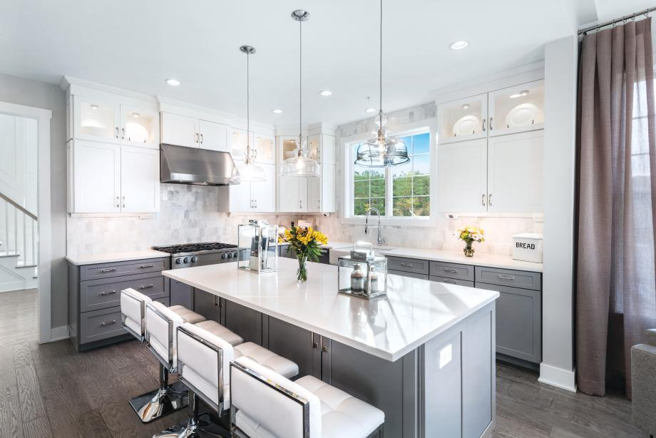 Toll Brothers - Seaside at Scituate - The Carriage Collection Photo