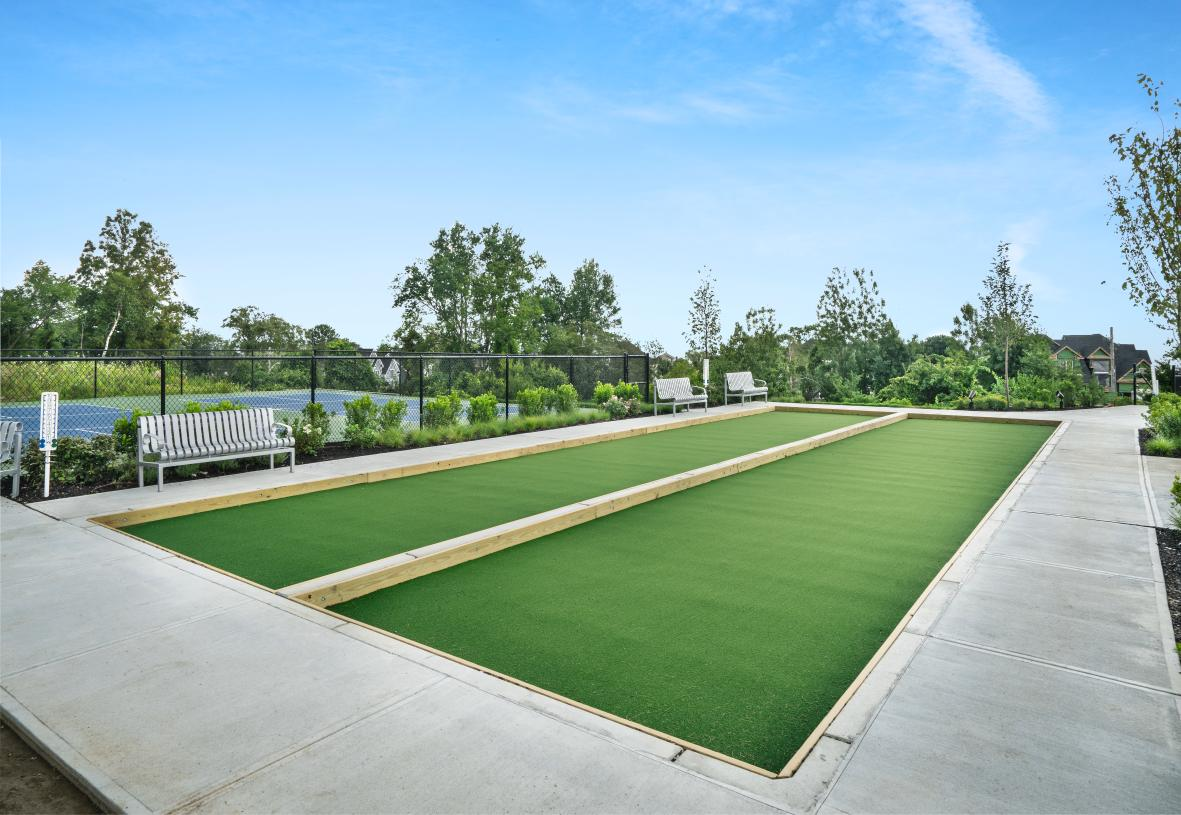Outdoor bocce and pickleball courts
