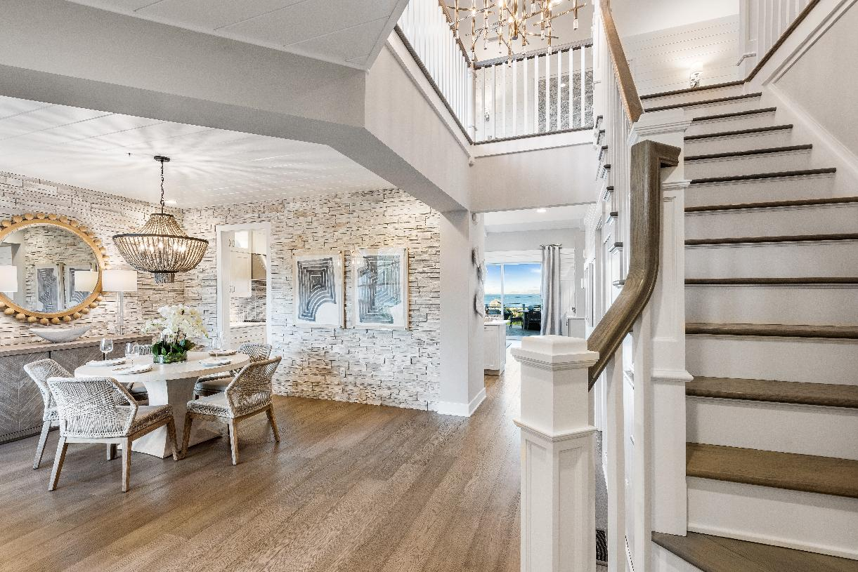 Large foyer and formal dining room