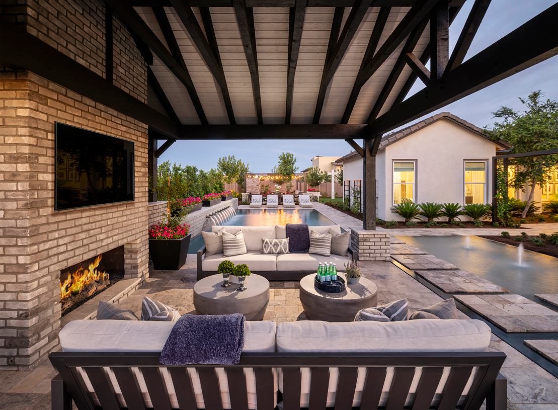 Ample outdoor space to entertain family and guest