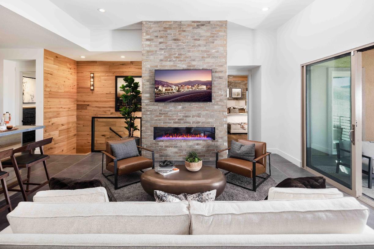 Everest Elite living room