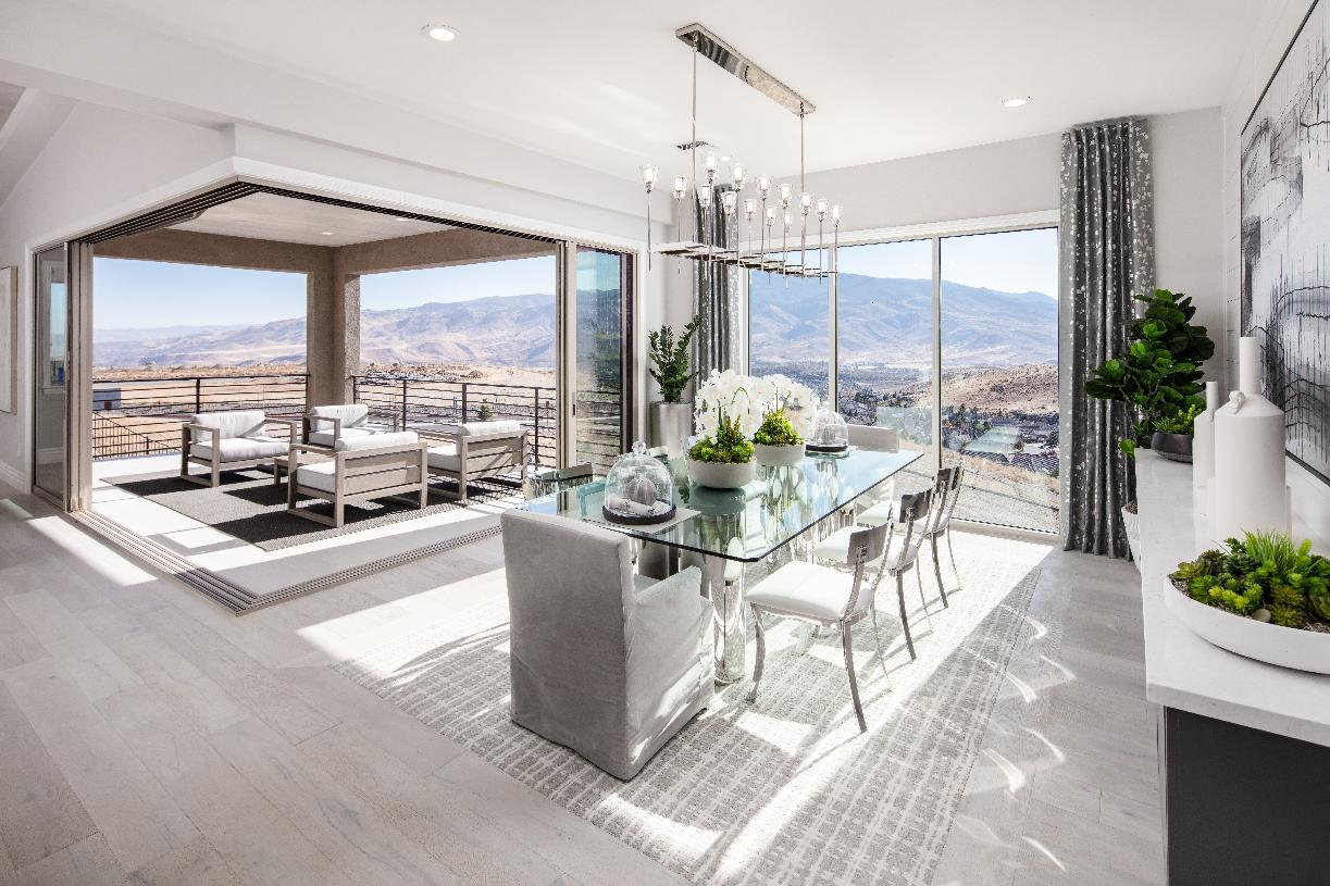 Montrose Elite dining room and deck