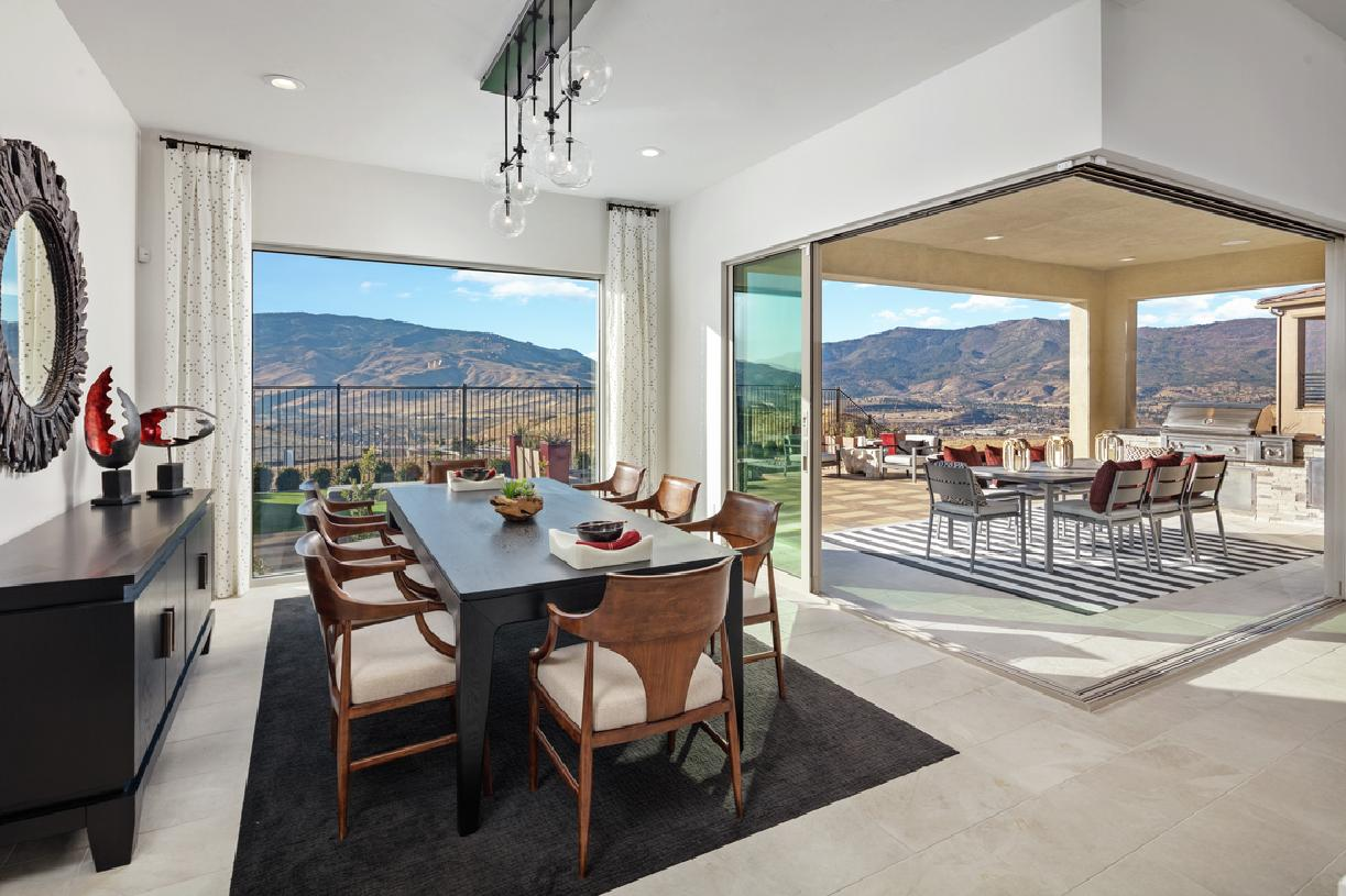 Viewmont dining room and deck