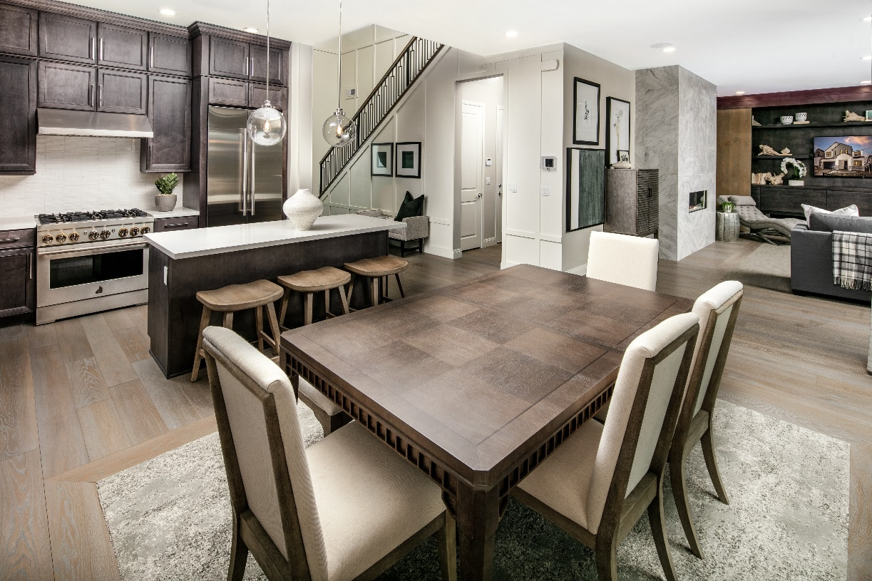 Crimson dining room & kitchen