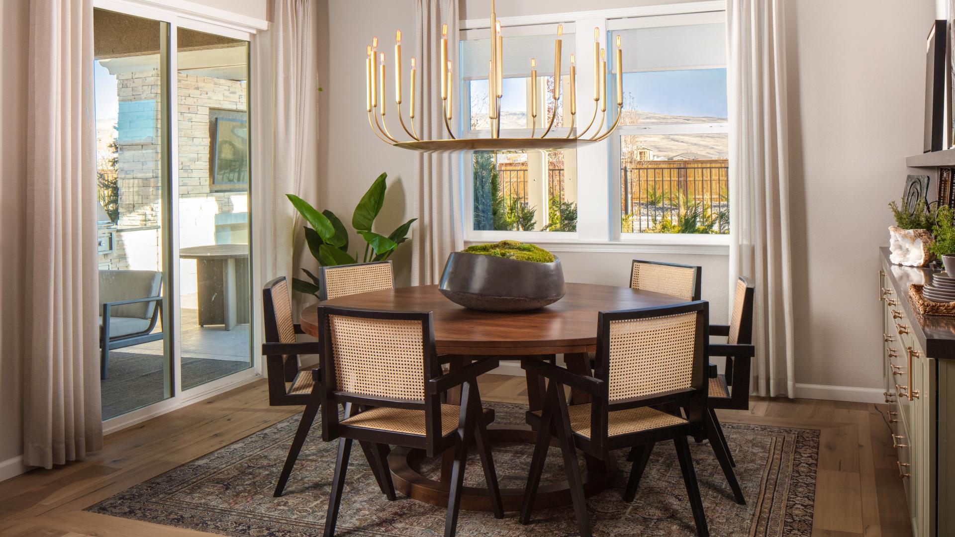 San Ramon dining room