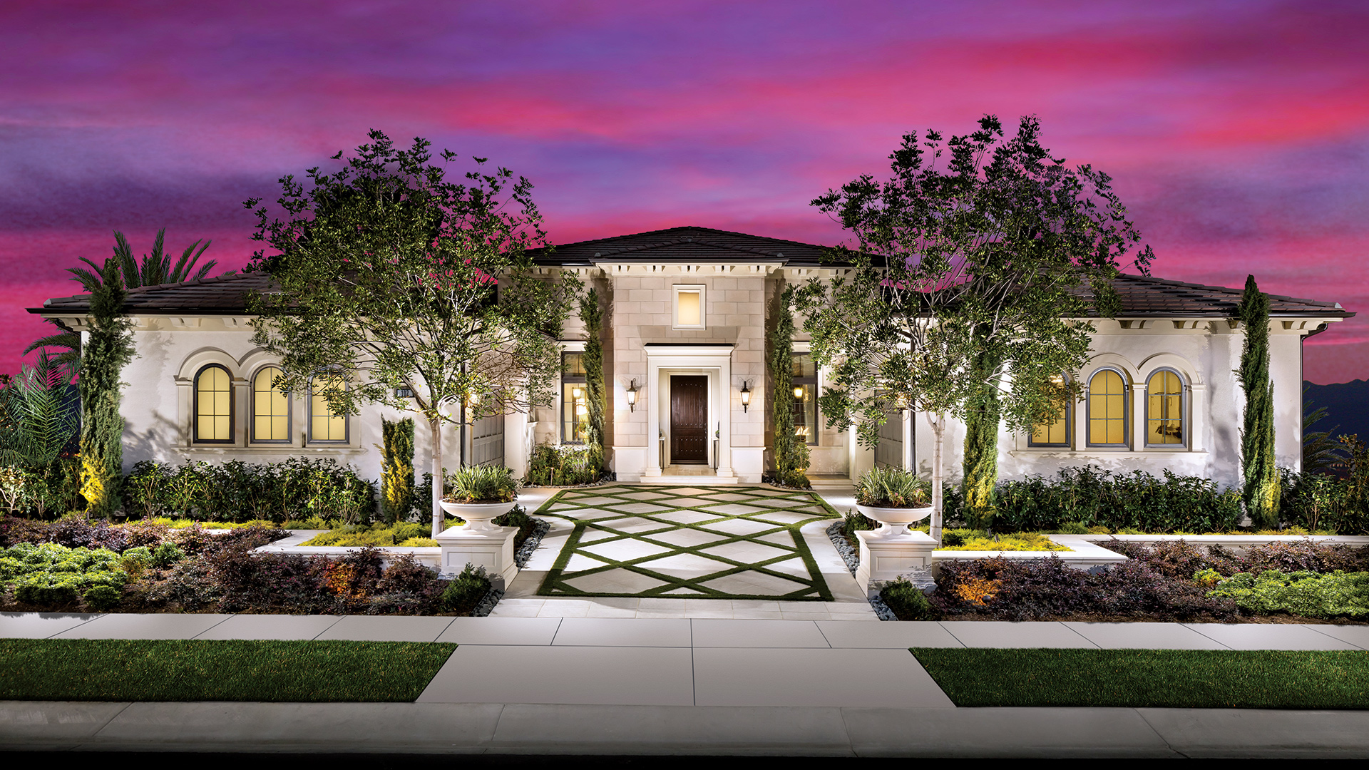 Oakcrest offers a variety of stunning architectural features and generous open floor plans, including three single-story and two two-story home designs.