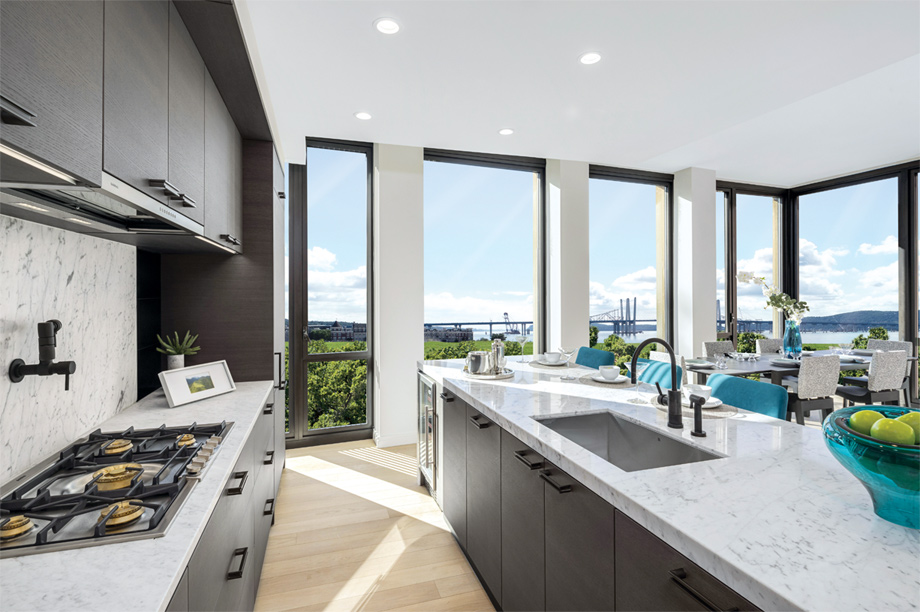 Toll Brothers   Brownstones At Edge On Hudson Photo