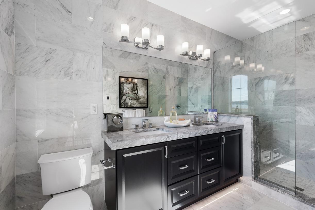 Primary suite bath