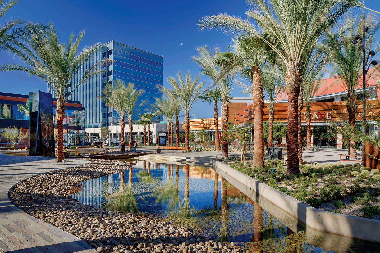 High-end shopping and dining options in Downtown Summerlin