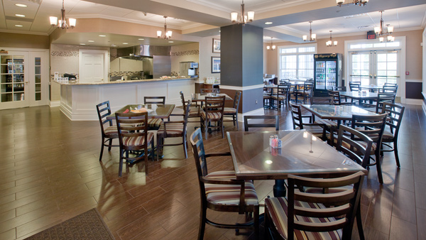 Enjoy a quick meal with friends in the clubhouse cafe
