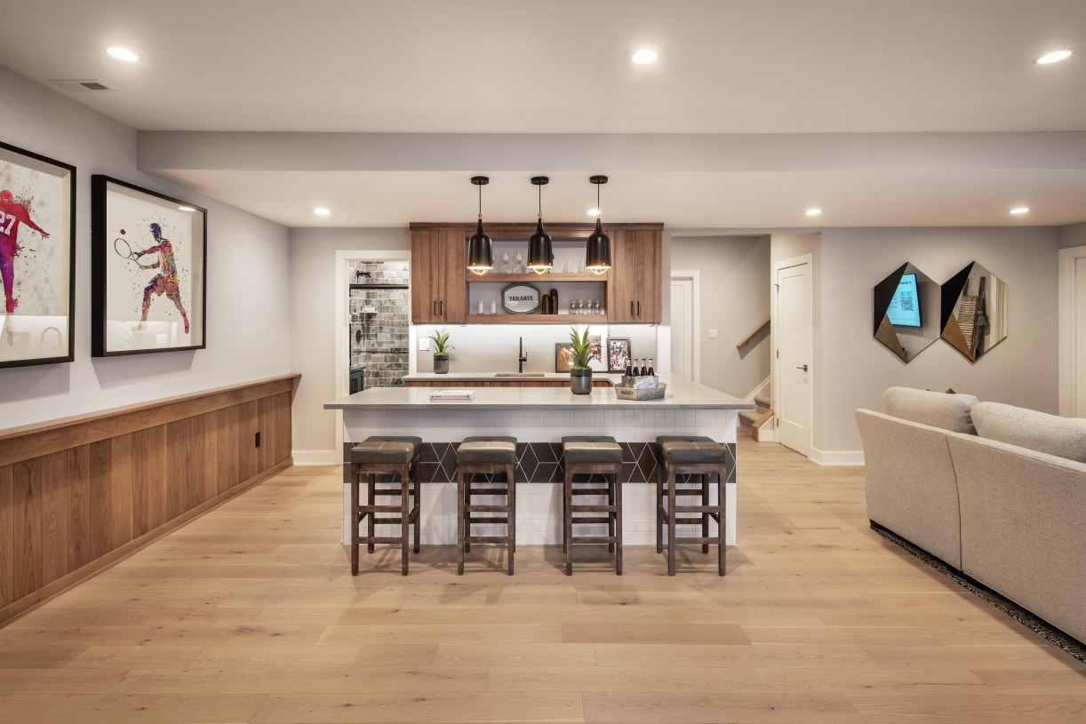Finished basement perfect for entertaining