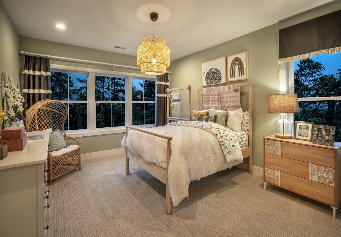Secondary bedrooms with shared full hall bath