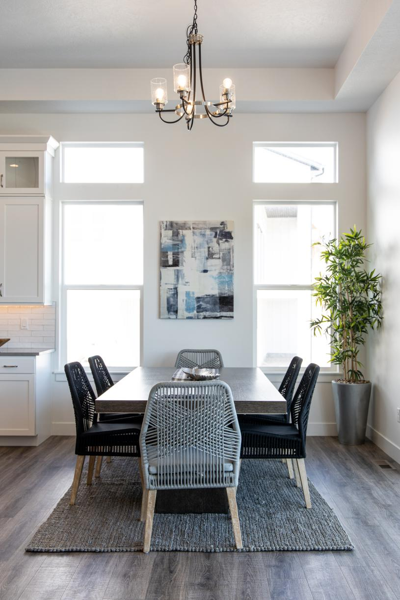 Casual dining areas adjacent to the kitchen and great room