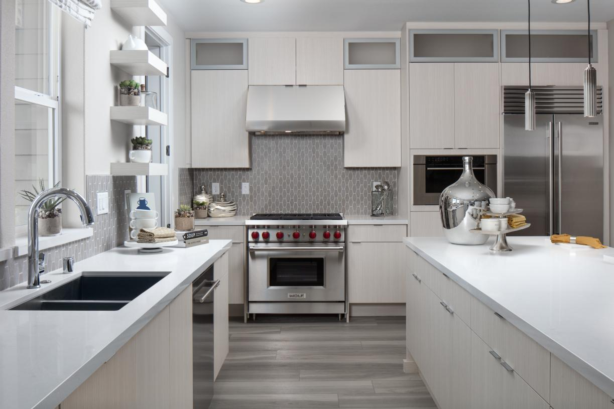 Well-appointed kitchen for chef's to enjoy