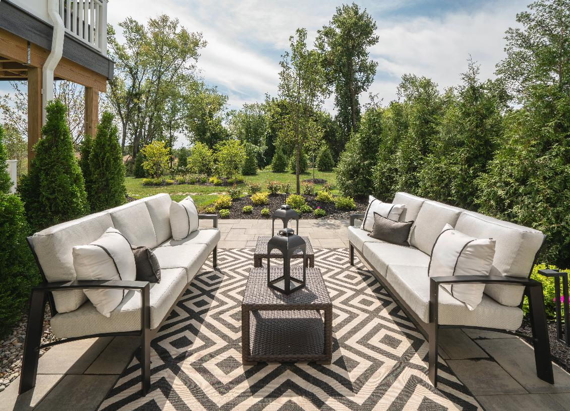 Bring living spaces outdoors