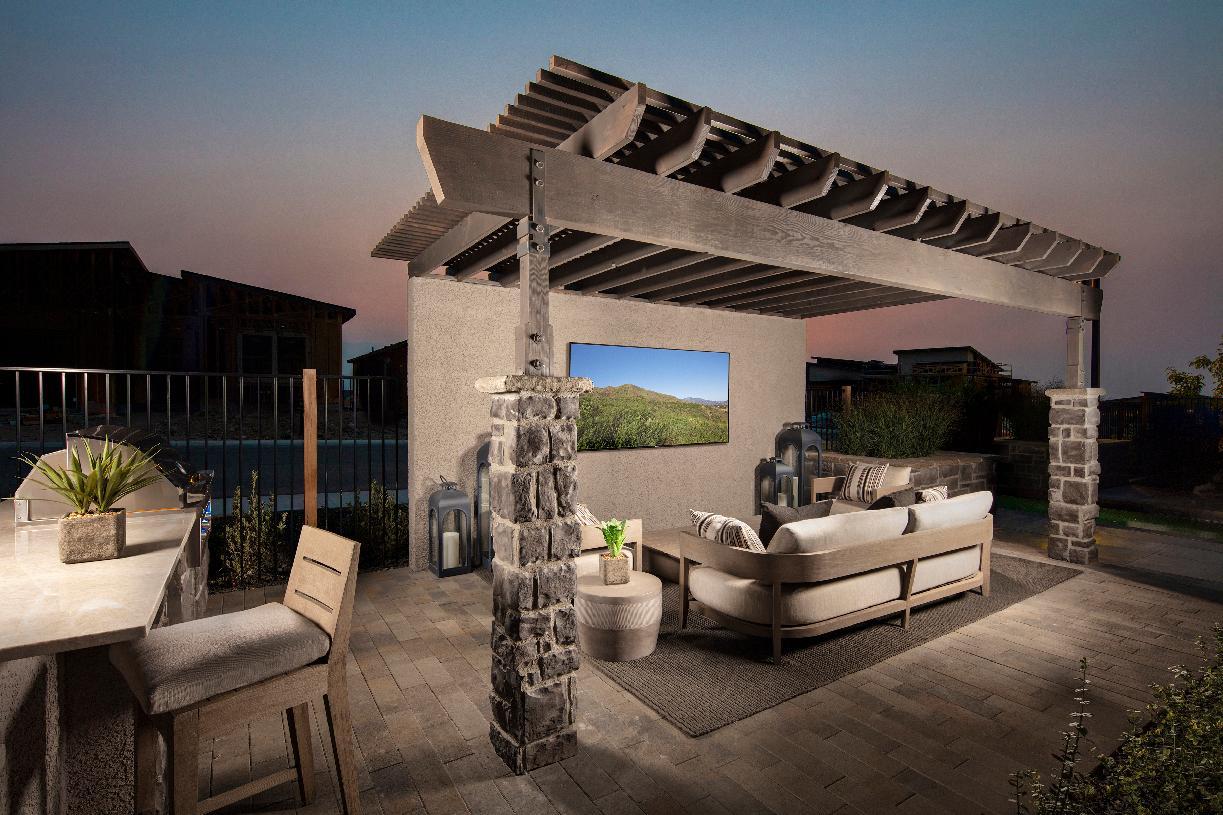 Quincy Elite outdoor space